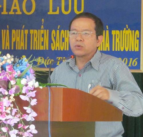 Nhà giáo Lê Chí Thành